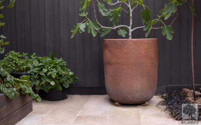 Closeup of pot styling area in Bundoora garden design